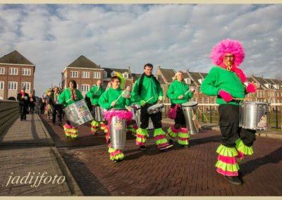 21 Carnaval Scholenbezoek Brandeleros (1)
